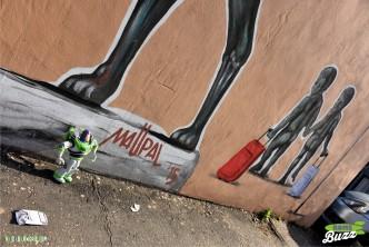 Rome Buzz - Buzz visits the street art of Mauro Pallotta - photograph copyright David Bailey (not the)