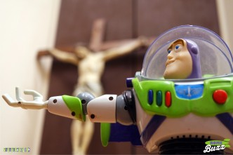 Rome Buzz - Where Buzz is angry - photograph copyright David Bailey (not the)