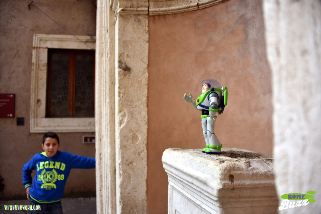 Rome Buzz- Cortile dell Angelo - photograph copyright David Bailey (not the)